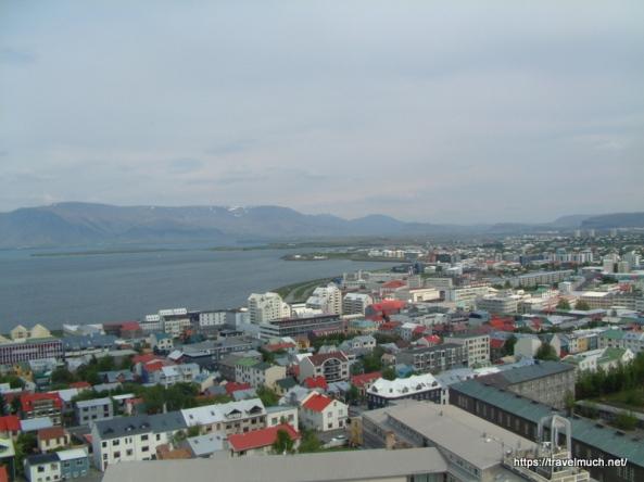 14-135_Utsikt_over_Reykjavik_fra_Halgrimskirka_280504