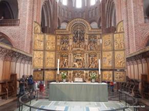 The golden altarpiece